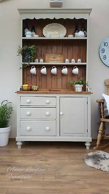 Beautiful Antique rustic solid pine Welsh Kitchen dresser cabinet cupboard F & B