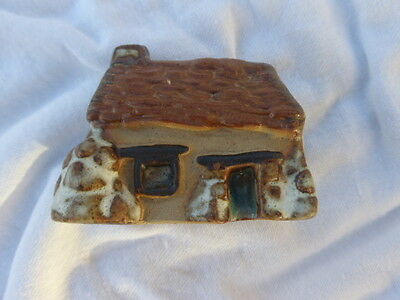 Tremar pottery house / Cottage - miniature collection