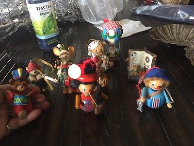 Lot Of 20 Vintage Ornaments Including 2 Steinbach Wood
