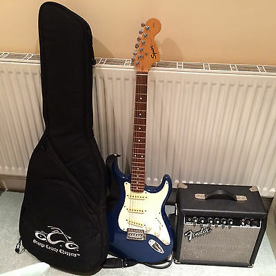 Fender Squier Stratocaster 20th anniversary edition with Fender Frontman 15g Amp