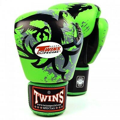 Twins Special Muay Thai / Kickboxing / Boxing Gloves - 14oz Green Tribal Dragon