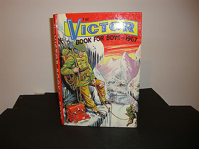 Victor book for boys annual Fourth Edition 1967 Very fine unclipped