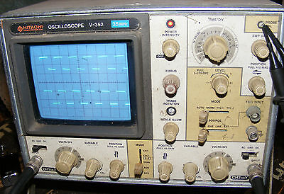 Vintage Hitachi 35 Mhz V 352 Oscilloscope Fully Working Needs A Clean 2 Probes