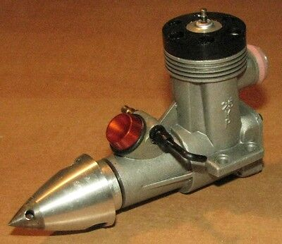 Rare  UCTKAM-2,5KP  USSR CL Speed Glow Engine