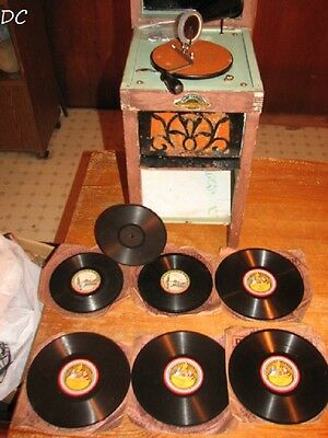 Rare Vintage Very Nice Phonograph Toy 78 Rpm Baby Cabinet