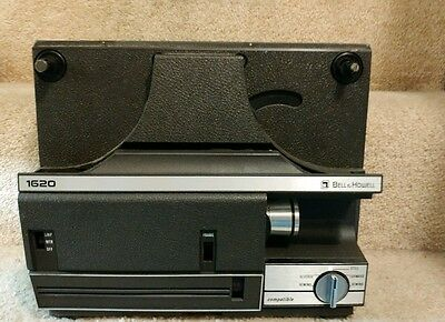 VINTAGE BELL & HOWELL 1620 8mm / SUPER 8 MOVIE PROJECTOR AUTOLOAD