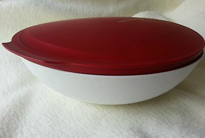 Tupperware 1.5L RED Allegra Bowl With Seal NEW