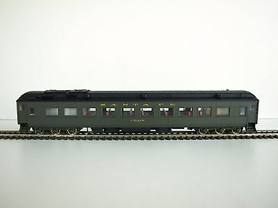 Walthers RTR HO Pullman Heavyweight, Chair car with Black roof. Santa Fe