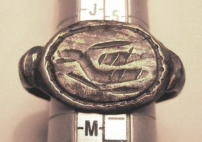 ROMAN BRONZE MILITARY RING with a DRAGON. Ref. 9859.