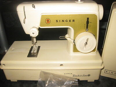 Singer Little Touch & Sew childs' battery operated sewing machine