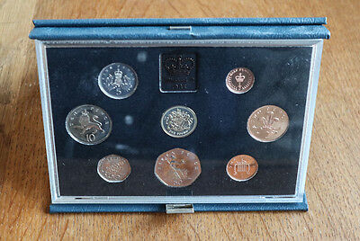1983 UK Royal Mint Proof 8 Coin Collection - Blue Display Case