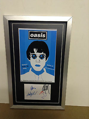 Oasis Genuine Hand Signed/Autographed Card with a Photograph & COA