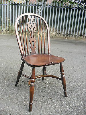 Best Quality Antiqued Distressed Oak & Ash Windsor Chair