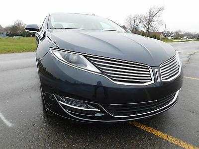 2014 Lincoln MKZ/Zephyr Base Sedan 4-Door 2014 Lincoln MKZ Base Sedan 4-Door 2.0L