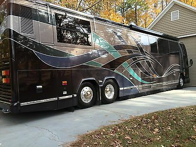 2001 Double Slide Prevost Vantore Motorcoach