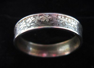 Coin Ring Royal Canadian Mint Logo Ring Size 8 1/4  Canada