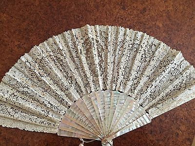 Antique French Fan Mother Of Pearl Brussels Lace