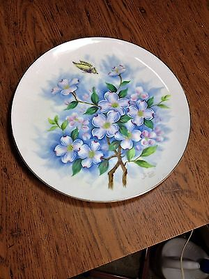 Vintage Hand Painted Floral Design Gold Trim Cabinet Plate 10 1/2 Inch Unmarked