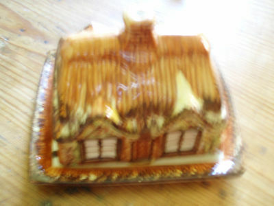 Butter dish (Country Cottage)