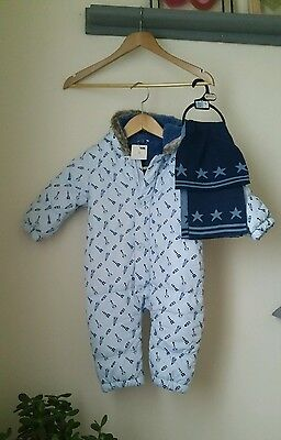 BNWT Next Snowsuit Blue Rocket Pattern Buttons Hooded Boys 12-18 Month Hat Scarf