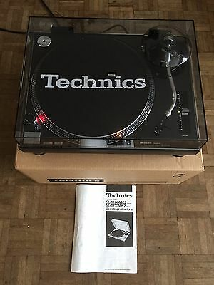 Technics 1210  Mint  Condition, New dust cover,1 Year Warranty