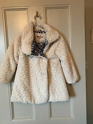 Girls Cream faux Fur Coat by John Lewis Age 5 Perfect For Xmas