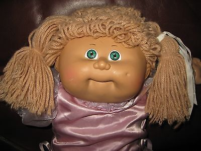 1985 Cabbage Patch Kid Girl Doll - Tan Hair - Green Eyes