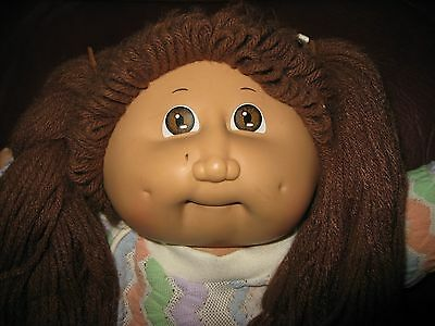 1984 Cabbage Patch Kid Girl Doll - Brown Hair & Eyes