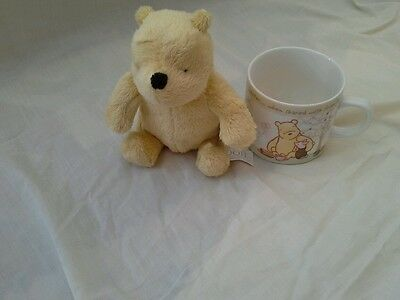 CLASSIC STYLE ONE POOH BEAR AND CUP b.n.w.t
