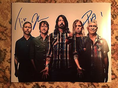 Foo Fighters Original Signed Photo Grohl Smear Hawkins £1 2