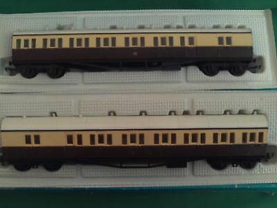 Rake Of 2 G.w.r.suburban Coaches In Very Good Condition In Tatty Boxes