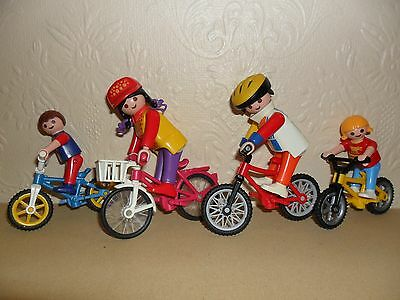 PLAYMOBIL FAMILY ON BICYCLES (bike ride)