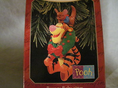 1998 Hallmark BOUNCY BABY-SITTER Ornament WINNIE THE POOH New TIGGER and ROO