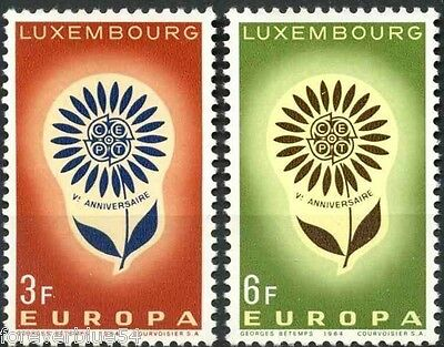 Luxembourg 1964 SG 744-745  Mi 697-8 MNH Europa Flower