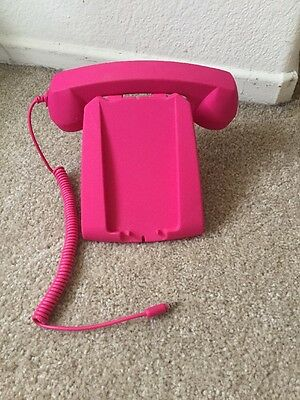 Pink Phone plug In accessory