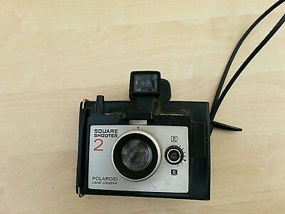 Vintage Polaroid SQUARE SHOOTER 2 Land Instant camera