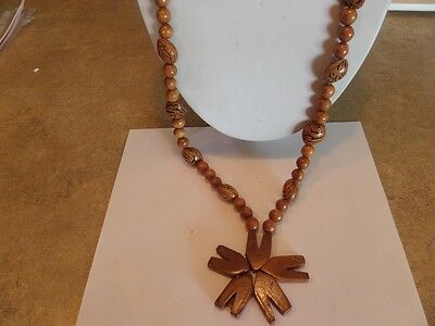 Vintage Brown Wood Flapper Style Flower Necklace