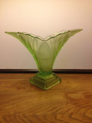 Vintage Walter and Sohne Art Deco Green Vase