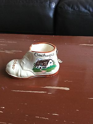 """VINTAGE MANOR WARE """" CLEETHORPES"""" Matches BOOT SHOE. Reg no.959278."""