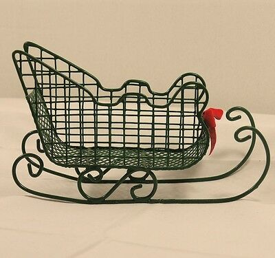 Lovely Green Wire Sleigh
