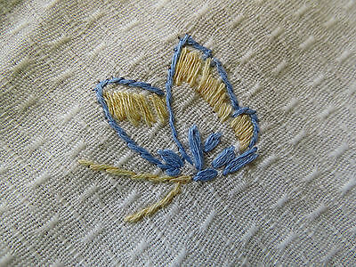 Vintage Linen Lace Hand Embroidered Flower Table Cloth Runner Butterfly