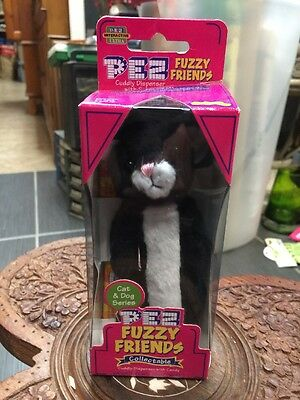 Pez Fuzzy Friends Dispenser Black And White Cat