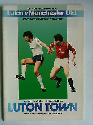 MINT 1986/87 Luton Town v Manchester United 1st Division