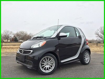2013 Smart fortwo electric drive passion 2013 Smart FORTWO Electric Drive Coupe!  ONLY 18K MILES!  PRICED TO SELL!!