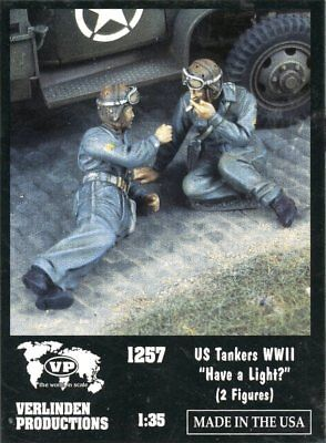 Verlinden Productions 1:35 US Tankers WWII Have a Lignht Two Figures Kit #1257