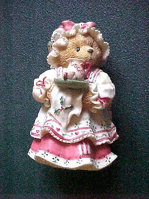 Cherished Teddies Enesco HOLLY A Cup Of Homemade Love 1995 Resin Figurine