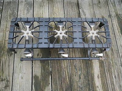 ANTIQUE GRISWOLD NO. 203 THREE BURNER GAS STOVE Cast Iron