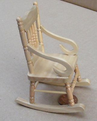 1:12 Scale Pine Wooden Rocking Chair Dolls House Miniature Garden Furniture 92