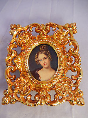 """VNTG Victorian Antique Style Picture Photo Frame Metal Ornate Gold Tone 4""""x4.5"""""""