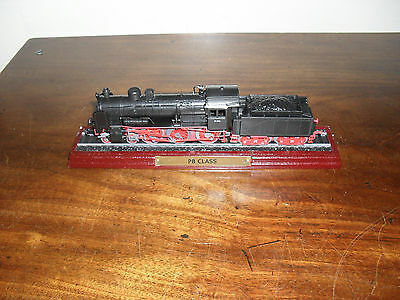 """Collectable Model Train- P8 Class  -On Wooden Plinth- 9"""" Long"""